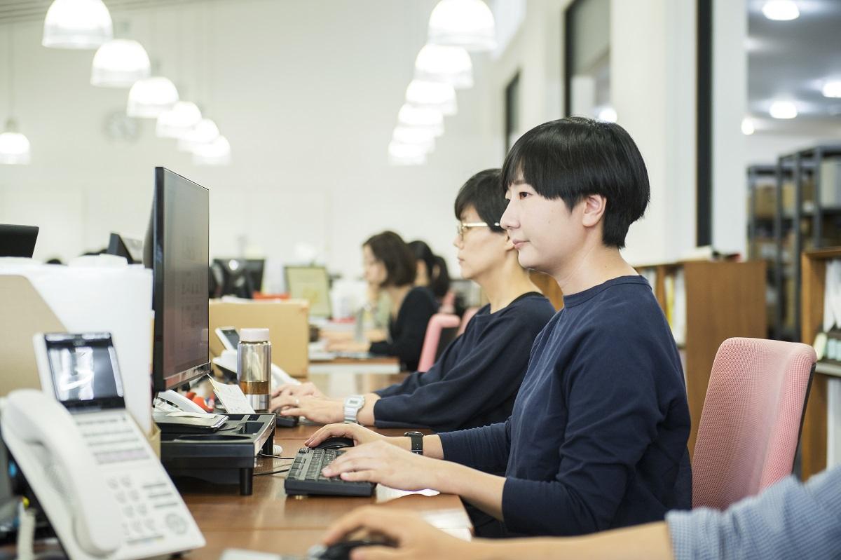 【物流倉庫スタッフ】オンラインショップの受注受付アルバイトスタッフ